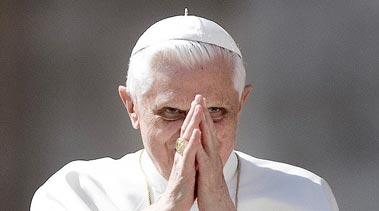 Ватикан одобрил военное нападение на Ливию