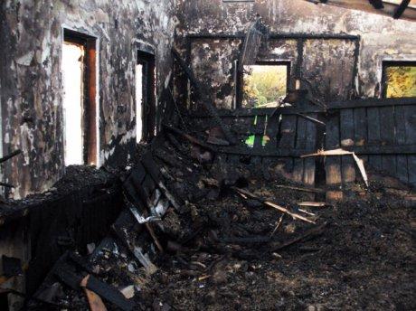 В Енакиево сгорел молитвенный дом адвентистов седьмого дня